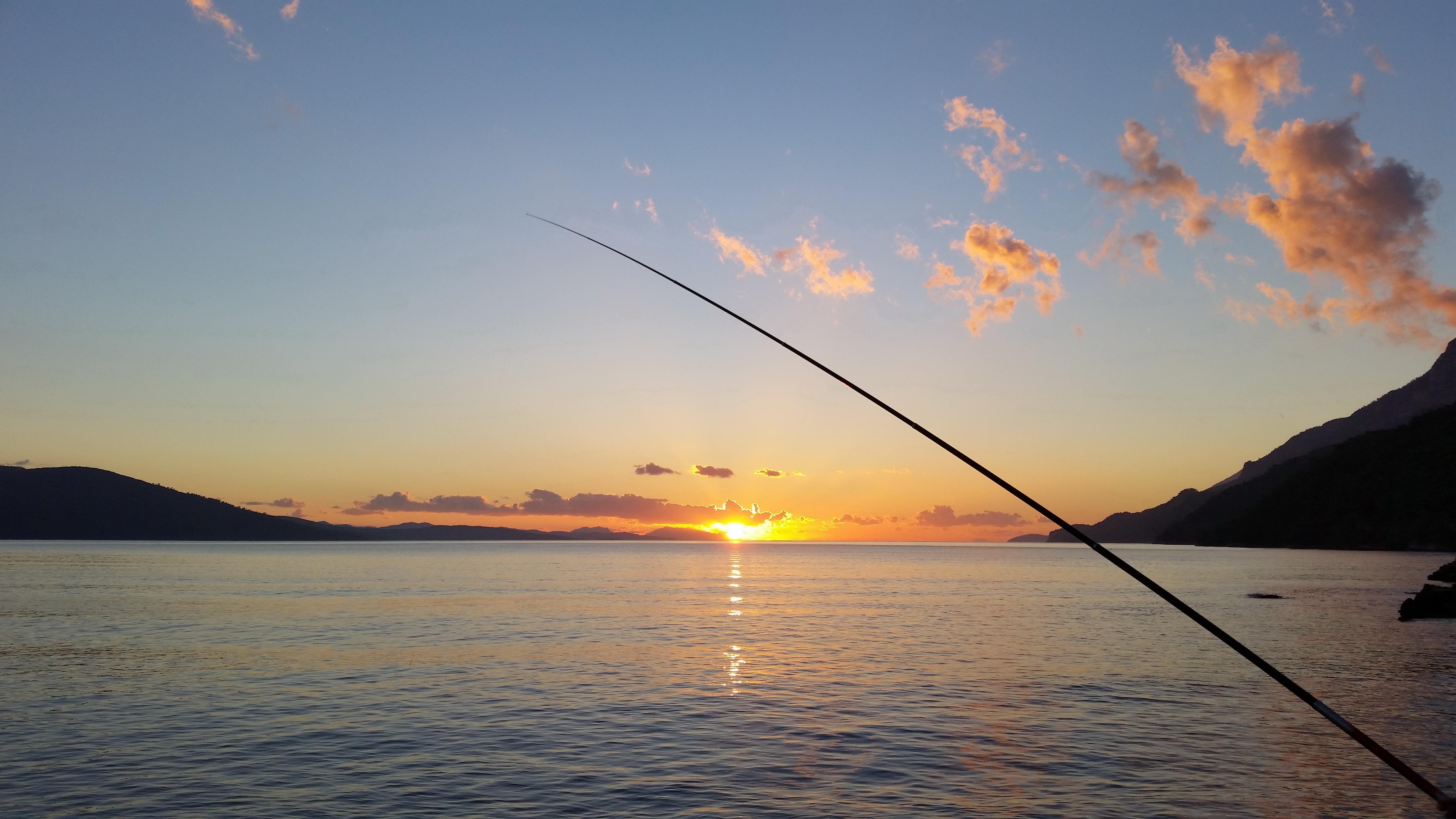 Fisking i solnedgang